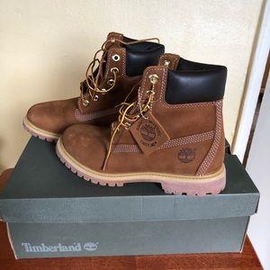 Women's chestnut Timberland boot
